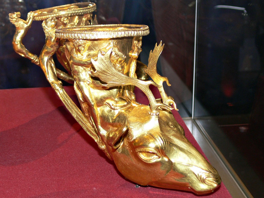 Pamid, a classic Bulgarian red wine, may have been consumed by the Thracians in such intricate vessels